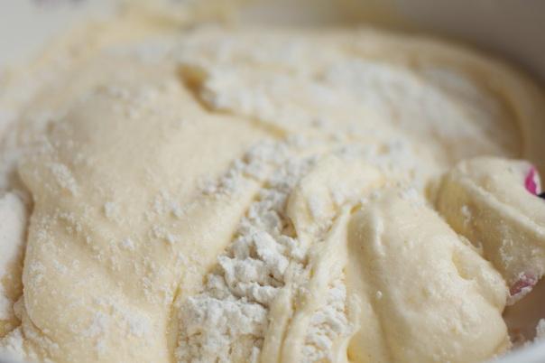 sponge cake batter