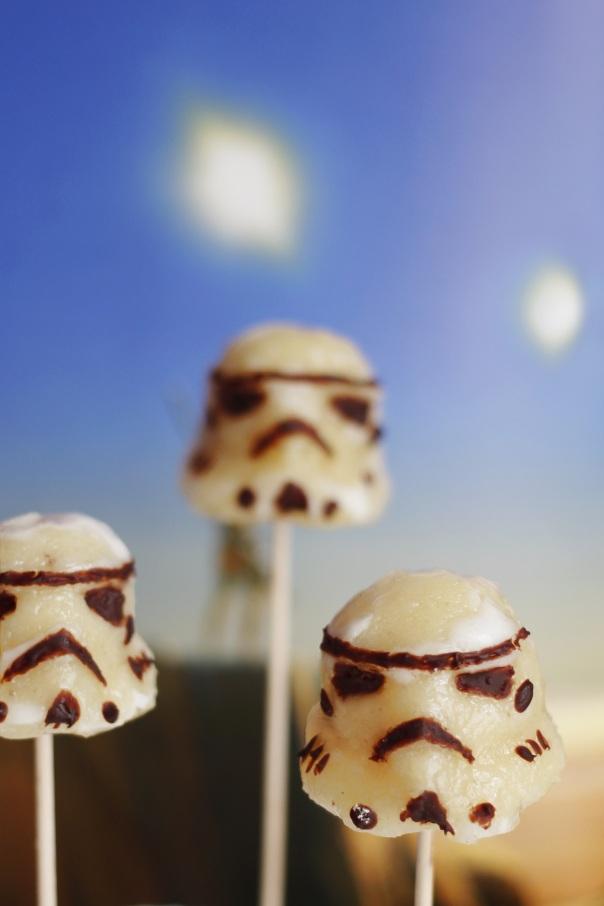 Star Wars Stormtrooper Cake Pops